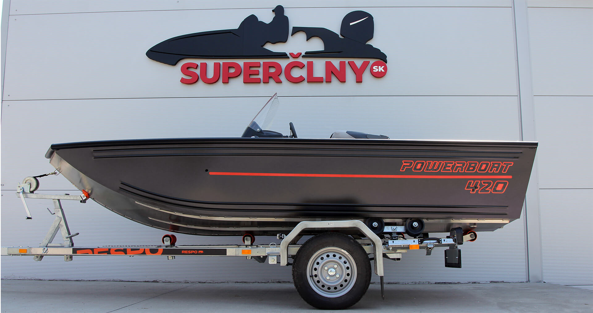 Referencia Powerboat 420 + Mercury 40 ELPT EFI, Trnava